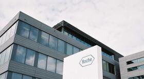 Компания «Рош» подала заявку на регистрацию в России комбинированного препарата с подкожным введением для лечения HER2-положительного рака молочной железы