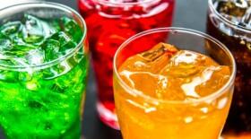 Сладкие напитки могут в 2 раза увеличить риск развития рака кишечника у женщин моложе 50 лет
